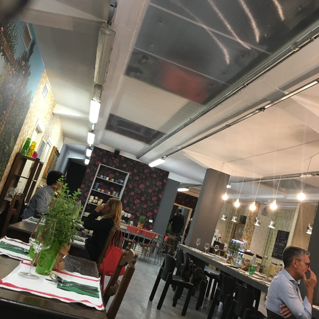 mangiare a manovella,ristorante,osteria ,satura,Lucca,ex fabbrica,