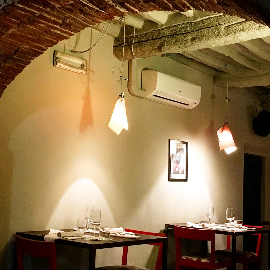 Mangiare a manovella,St Bartholomeo Rua Prudente,Lucca,Toscana