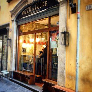 Pizzeria da Felice, Mangiare a manovella, Lucca, 11