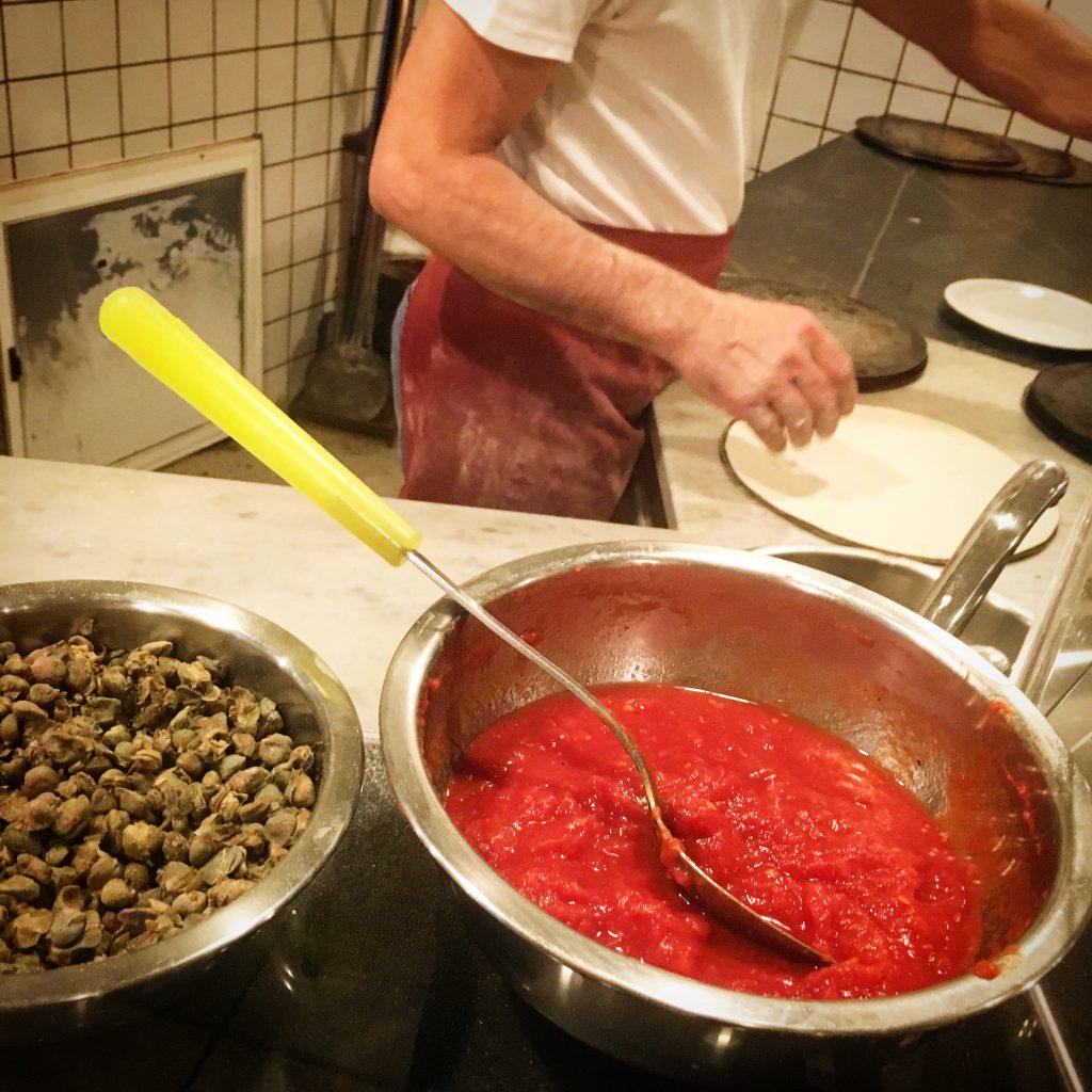 Pizzeria Lo Sghello, Mangiare a manovella, Lucca