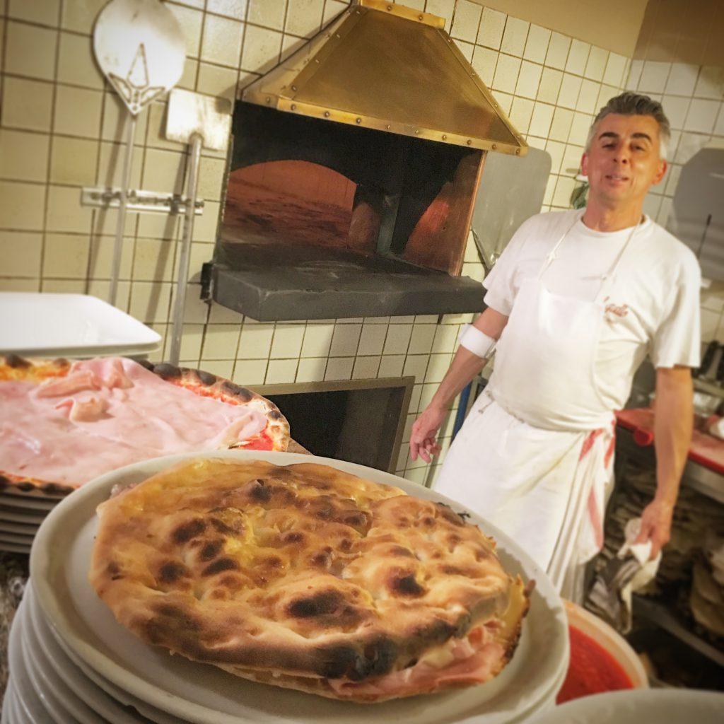 Pizzeria ristorante il gallo, mangiare a manovella, montecatini terme,pistoia, pizza