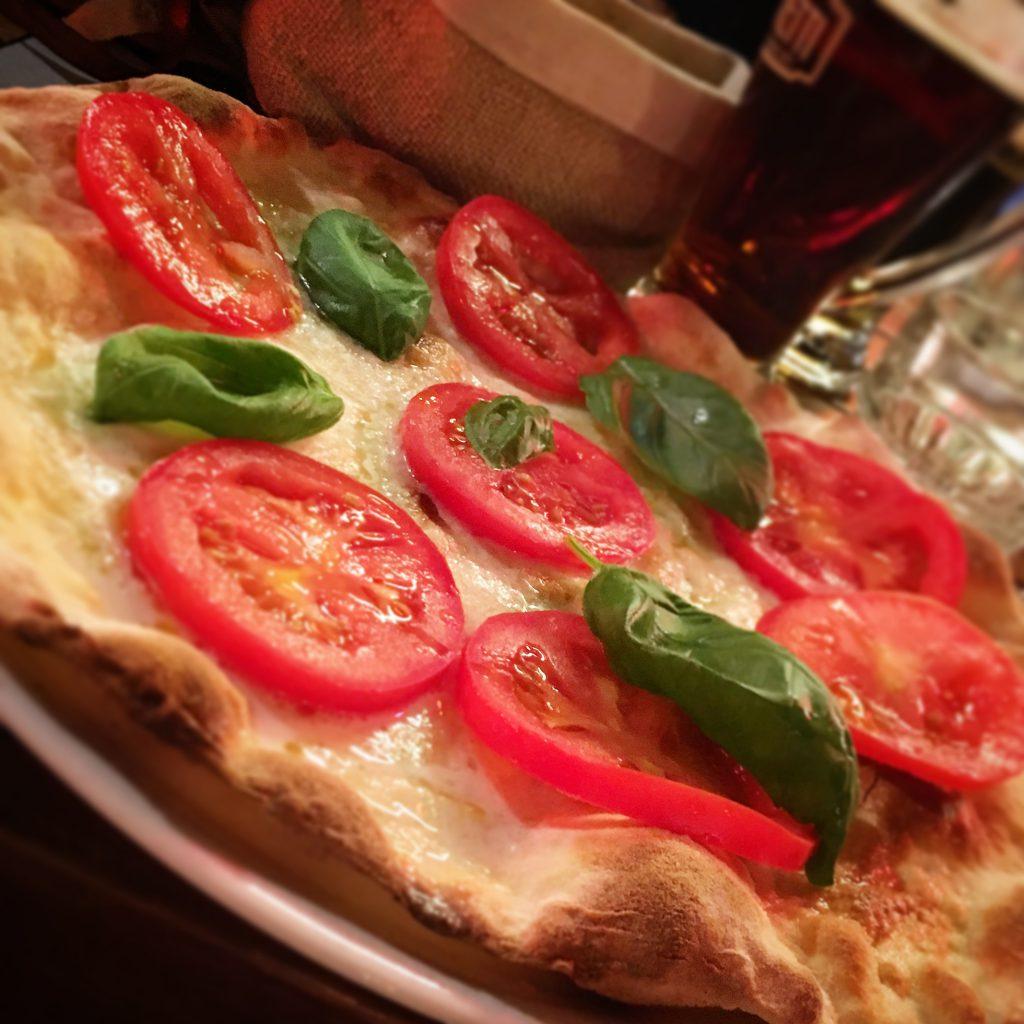 Voronoi Ristorante Pizzeria Cocktail Bar, Pistoia, Mangiare a manovella, Pizza