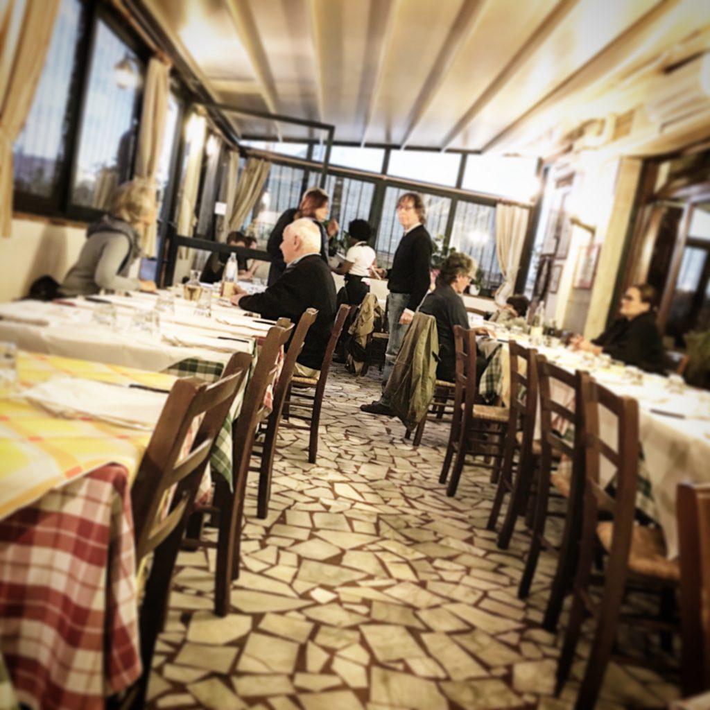 Da Demè, Mangiare a manovella, Pietrasanta