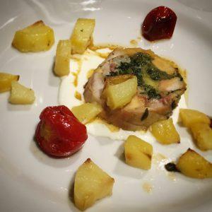 Salotto del vino e del verde 2019, Montecarlo, ristorante la torre, mangiare a manovella, Coniglio