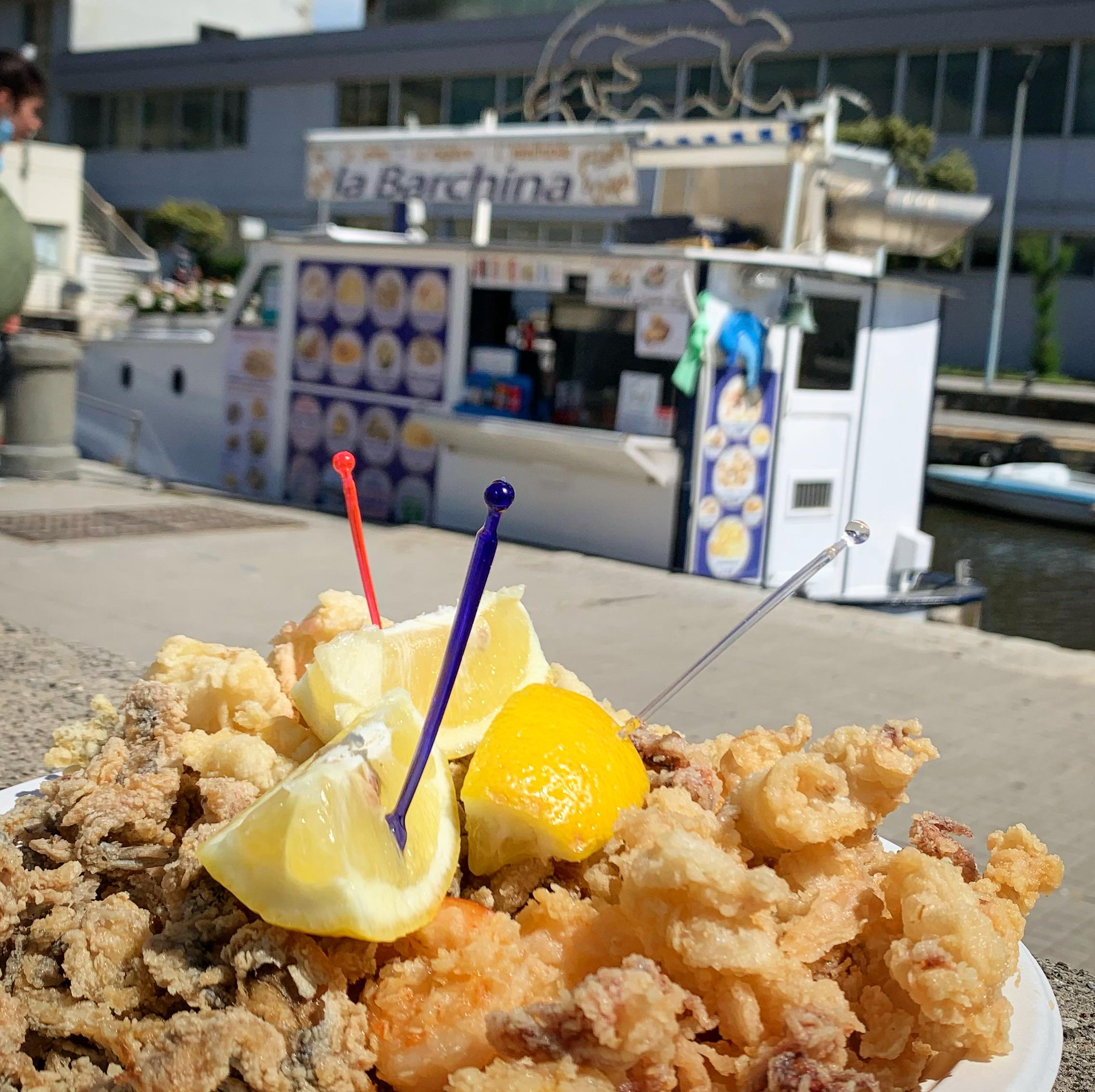 La Barchina Fish & Fried - Viareggio - Mangiare a manovella